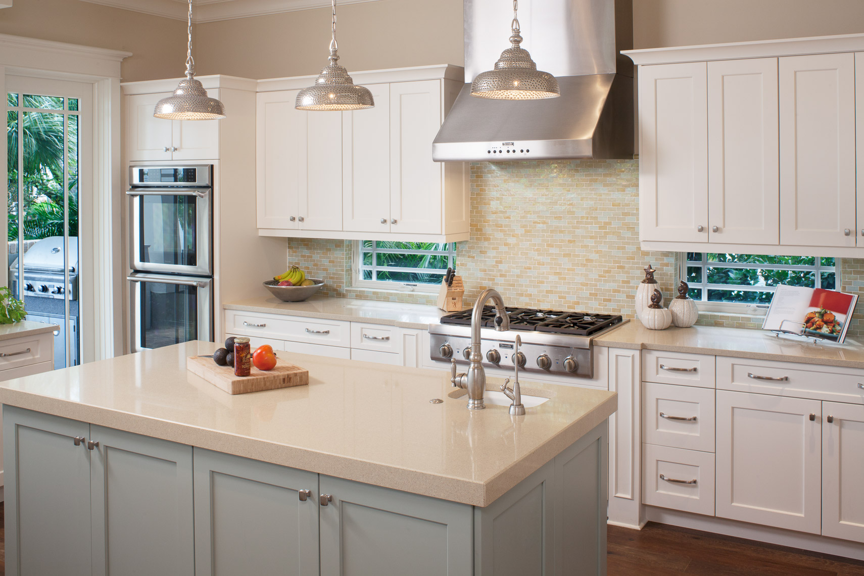 Traditional Kitchen - Mark Borosch Photography - Snell Island, FL